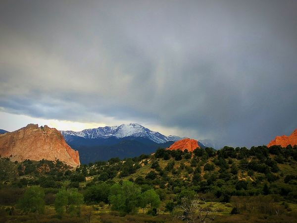 EyeEm Selects Mountain Beauty In Nature Landscape Nature Cloud - Sky Scenics No People Outdoors Mountain Range Tree EyeEm Nature Lover Colorado Pikes Peak Garden Of The Gods Storms A Brewin! Storms Are Coming