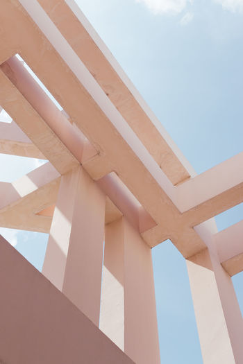 Pastel Power Pink The Graphic City Architecture Built Structure Day Low Angle View Minimalism No People Pastel Colour Your Horizn