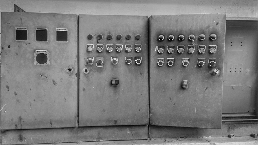 Closed In A Row Locker Old-fashioned Indoors  Lock No People Locker Room Day Close-up Energy Paradigm The Week On Eyem Week On Eyem The Week Of Eyeem Abandoned Place Abandonedplaces B&w Building Exterior P&B Sommergefühle Wine Not Let's Go. Together. EyeEm Selects