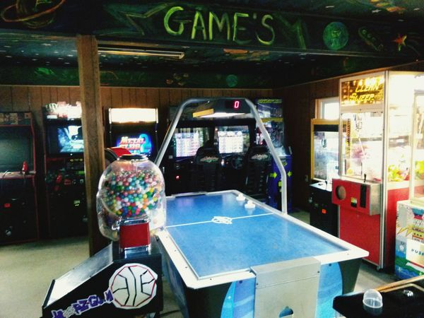 Arcade Game Room Videogames Air Hockey