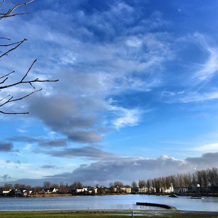 Sky Cloud - Sky Nature No People Scenics Outdoors Water Beauty In Nature Lake Tranquil Scene Tranquility Day Cold Temperature