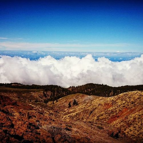 Laislabonita LaPalma Islabonita Canarias Clouds And Sky Cloudporn Cloudwall EyeEm Nature Lover Mountain View Above The Clouds Hills Overthetop OverTheClouds