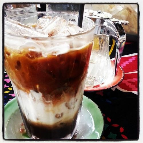 Signature drink กาแฟ 3 กษัตริย์ ที่ 1 of a kind