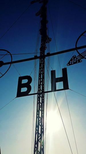 Der Windsemaphor in Cuxhaven zeigt Windgeschwindigkeit und Windrichtung der Inseln Borkum und Helgoland an! Nordseeküste Nordsee Alte Liebe On The Way