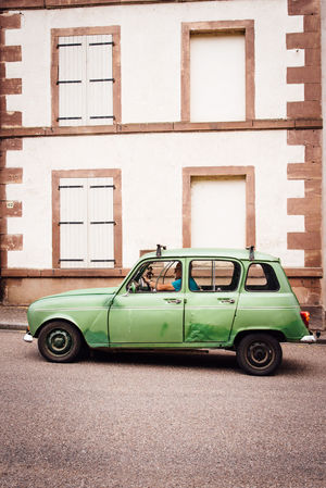 4L Renault Renault 4L Old Vintage Cars Vintage Vintage Car Mode Of Transportation Car Built Structure Transportation Motor Vehicle Architecture Land Vehicle Retro Styled Building Exterior City Day No People Building Window Road Street Outdoors Stationary Brick Street Scene Vehicle Collector's Car Exterior