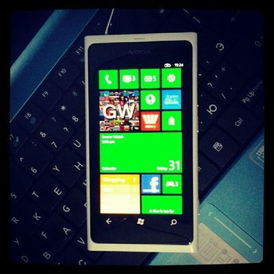 Симулятор Windowsphone8 на Nokia  Lumia800