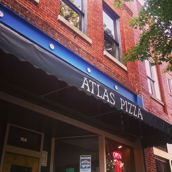 Time to eat! Atlaspizza Gainesville Pizzatime