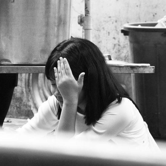 🙈👩 Cô gái năm ấy chúng ta cùng theo đuổi. Heocaoco Te Cô này xinh cực nha. Mê lắm ;-; Còn đáng yêu nữa ;-; _____ Thaorphoto Thaorfriend VSCO Vscocam Fuji Fujifilm S6800 Bnw Blackandwhite Girl Nth Vscovietnam Vietnam Igvietnam Saigon Igersvietnam _____
