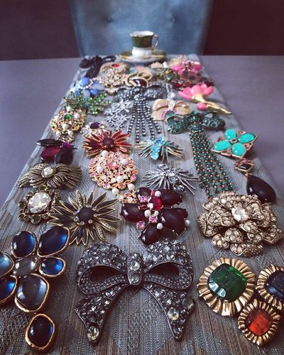 Jewelry coffee Vintage Brooch Fashion Jewelry Fashion Photography Vintage Jewelry Oscar De La Renta Celebration Decoration