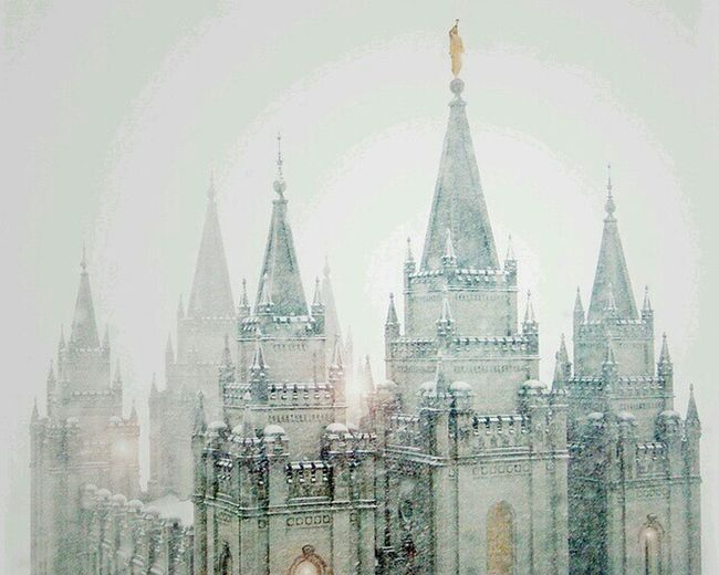 Temple Temple Square Salt Lake City Utah Snowing Snowy Morning Taking Photos Relaxing Check This Out Hanging Out Place Of Heart The Great Outdoors - 2017 EyeEm Awards