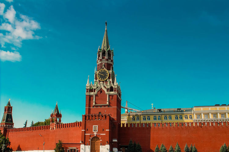 Spasskaya tower against blue sky