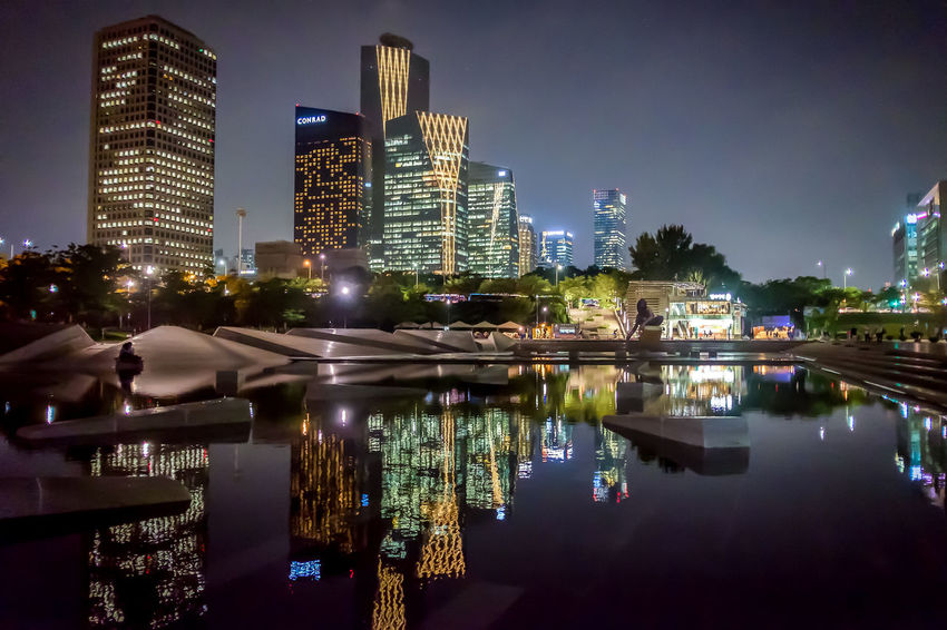 Seoul Korea EyeEm Korea City Cityscapes Cityscape Reflection Water Reflections Night Night Lights