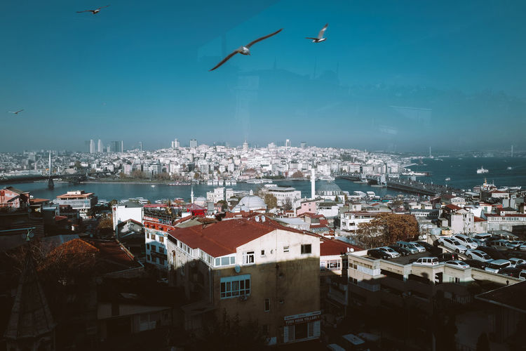 Panoramic view of the houses and rooftops of the city of istanbul