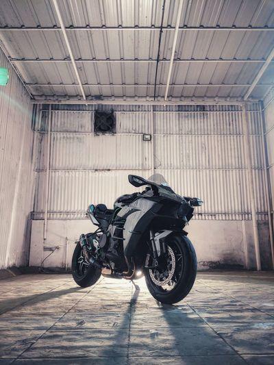mighty H2 Superbike Beast Rocketship Fast Love Teampixel Madebygoogle Google Kawasaki Ninja H2 Supercharged  Planet_roamer Roamer_diaries Tire Motorcycle Rubber Parking Garage Garage EyeEmNewHere
