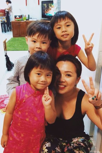 One more and my green nail polish shown. Approved! Missed being this age and the fun I had then. Found out from my cousin about my china ancestors. Apparently, we belong to some Tang Dynasty royalty bloodline. I have royal blood in me! What?! Fundiscovery Happiness