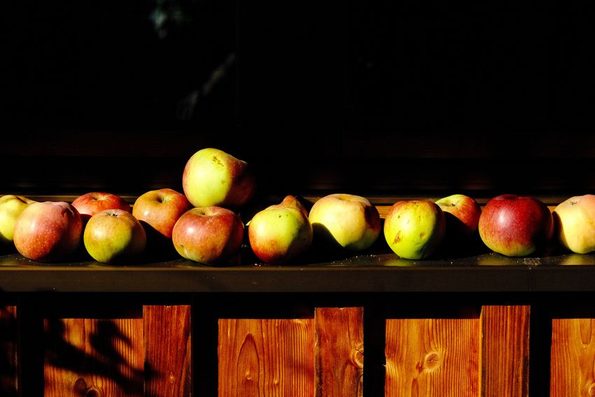 Apple Apple - Fruit Black Background Food Freshness Fruit Group Of Objects Healthy Eating Still Life Sunlight Wellbeing Wood - Material