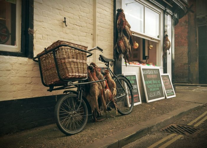 Wandering the streets of Ludlow, UK and came across this little butcher shop. Bicycle Butcher England EyeEm Best Shots EyeEm Gallery Global EyeEm Adventure - Ludlow Ludlow Mobile Phone Photography Mobilephotography Shropshire Street Street Photography Streetphotography Travel Travel Photography Traveling Uk United Kingdom The Great Outdoors - 2016 EyeEm Awards The Photojournalist - 2016 EyeEm Awards