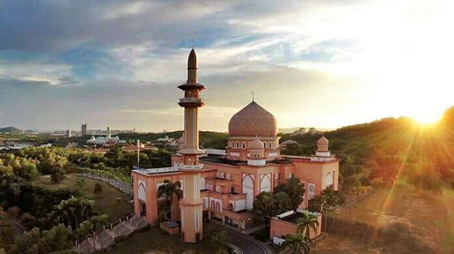 Mosque Travel