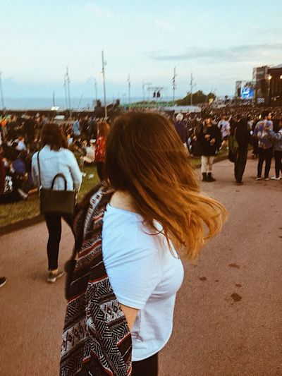 Primavera Sound Outfit Real People Leisure Activity City Lifestyles Women Rear View Sky People Crowd Group Of People