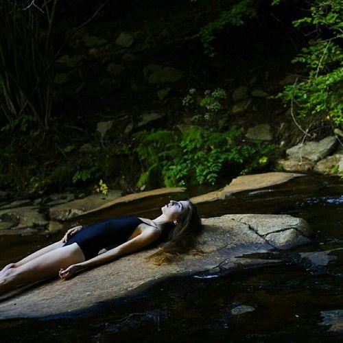 Todo aqui. Nature Portrait Of A Woman Woman