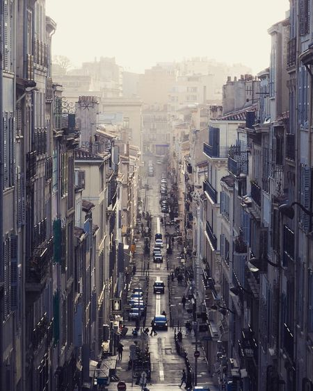 Rue Estelle Street Streetphotography Street Photography Vertigo Vertical Symmetry Symmetry Marseille Marseilles Busy Street South France Sud South