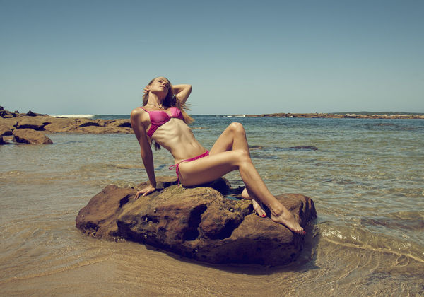 [•] Beach Sun Rays Beach Beautiful Woman Beauty In Nature Model Modeling Sea Sexygirl Swimsuit Swimsuit Fashion Swimsuit Model Live For The Story This Is Natural Beauty