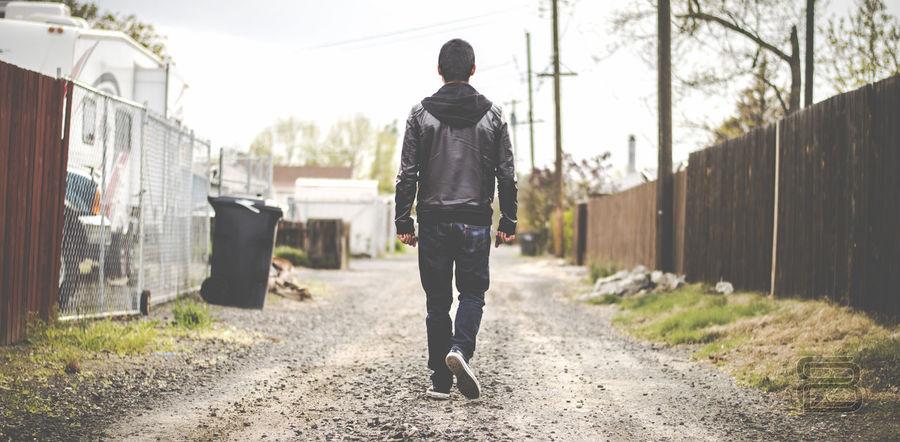 walking tall Alley Black Jacket Levi Jeans Real People Street Streetphotography Urban Walking Walking Away