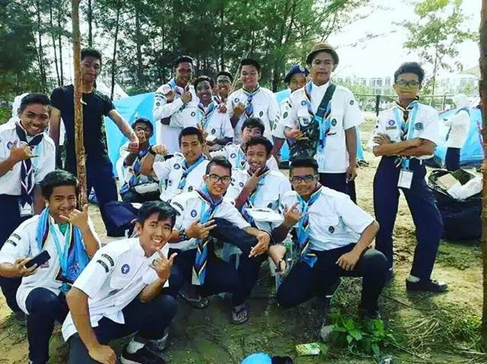 Squad Goals between Guys Seascout🙋 Smk Agama Smk Dp Smk Luak ✨ We have been a great family 👪 Kamsahamida 🙏 Semoga berjumpa lagi geng ✌ 1.Zawani 2.Akim 3.Qabil 4.Haiqal 5.Mif 6.Amir 7.Amai 8.Afeez 9.Zami 10.Saf 11.Athir 12.Adam 13.Apis 14.Ewan 15.Cakoi 16.Maizizi 17.Syikin 18.Mizah 19.Mayang 20.Umi 21.Me 22.Aina 23.Fatihah Friendships Seascoutofmiri Marinabay Camp 7days6nights Majlispenutupan