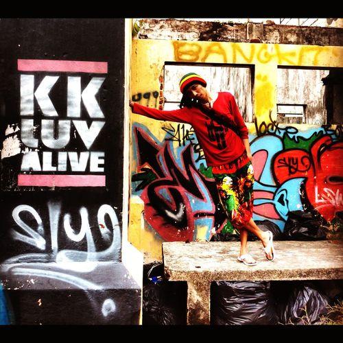 KK City.. Check This Out That's Me Taking Photos Enjoying Life Kota Kinabalu Streetgraffiti Streetphotography Living Bold Kkstreetlife RePicture Travel