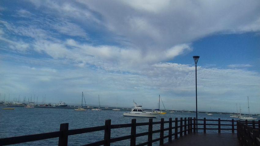 Hermoso momento al disfrutar en pareja♡ Walking ♡ Cloud - Sky ♡ linda mañana