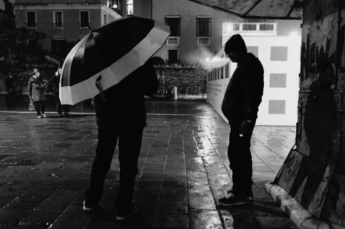 Umbrella Rain Venice Dark Rain Two People Adults Only Protection People Wet Adult Men Standing Outdoors City Night