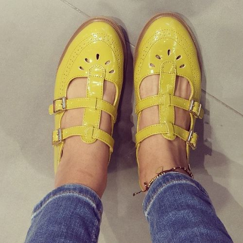 And the obsession never stops :) Shoes Buckleshoes Yellow Geek topshopme topshop streetstyle fashion style dubaistreetstyle dubai uae