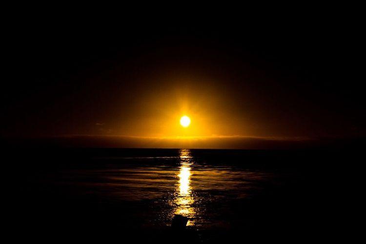 Tahiti Sunset Hao