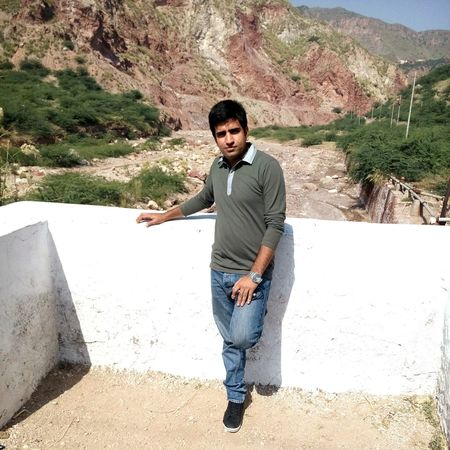 That's Me Hi! Enjoying Life Zee Collection My Doctrine Pakistani Traveller Khewra Salt Range Pakiatani Eyeem Pakistan Sunny Afternoon