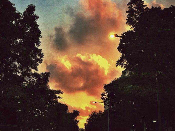The Illusionist - 2014 EyeEm Awards Sunset Clouds Streetphotography