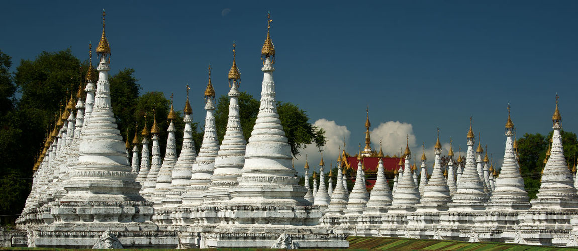 Stupas Tourist Attraction  Worship Ancient Civilization Architecture Buddhism Built Structure Burma Day No People Outdoors Place Of Worship Religion Spirituality Temple Travel Destinations White