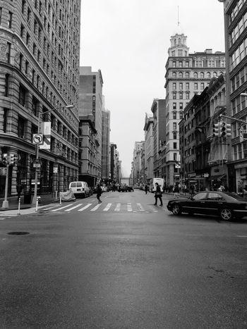 Back to NYC Black & White Eye4photography  Bw_collection EyeEm Best Shots EyeEm Best Shots - Black + White Blackandwhite Black And White Streetphoto_bw TheMinimals (less Edit Juxt Photography) Shootermag