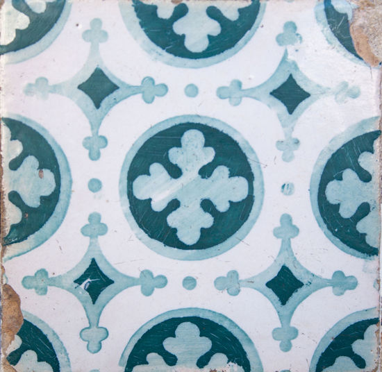 Pattern Full Frame Backgrounds Design Floral Pattern No People Art And Craft Tile Indoors  Wall - Building Feature Close-up Creativity Tiled Floor Craft Flooring Shape Architecture Ornate Textile Geometric Shape Ceiling Architecture And Art Mural
