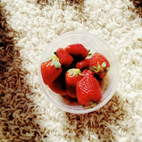 Strawberry Fruit Red Food And Drink Healthy Eating No People High Angle View Table Indoors  Food Freshness Day Sweet Food Close-up Ready-to-eat