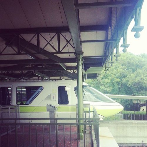 Disney's monorail still looks cool...