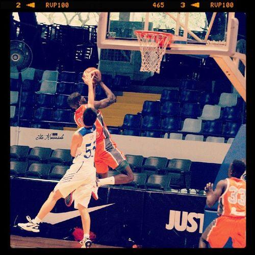 Izak Kiefer Lim of Ateneo B Izakkieferlim Kieferlim AteneogloryB Ateneodemanilauniversity ateneo teamB manila milan newyork paris london ireland brazil canada australia newzealand asiantravel hardcourt basketball nike nikeshoes