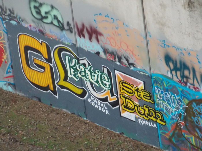 Getting some killer Graffiti shots in T-town WA Streamzoo Check This Out