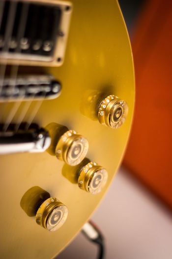 Music Musical Instrument Classical Music No People Arts Culture And Entertainment Close-up Gold Colored Indoors  Technology Musical Instrument String Day EyeEmReady Gibson Les Paul Gibsonguitars Orange Amps Plucking An Instrument Details Small Detail Knobs And Dials