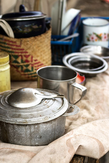 Food And Drink Kitchen Utensil No People Metal Container Indoors  Household Equipment Focus On Foreground Still Life Kitchen Domestic Room Food Domestic Kitchen Table Cooking Pan Close-up Appliance Preparation  Freshness High Angle View Saucepan Crockery