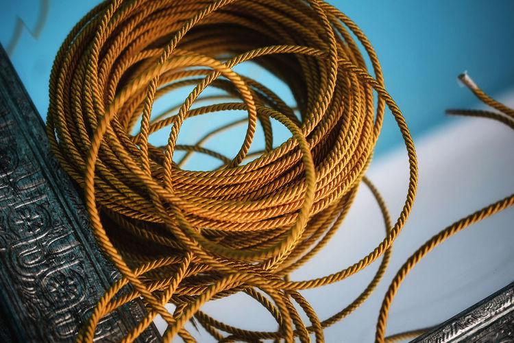 Bundle of rope on mirror