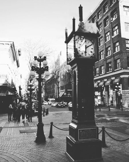 Gastown steam clock Gastownvancouver Vancouver Gastown Steamclock BC Canada Beautiful ♥ Mood Captures Photography Photooftheday Bnw Blackandwhite Black & White Blackandwhite Photography Welcome To Black Streetphotography Streetphoto_bw Street WOW Cityscape City Life Exploring