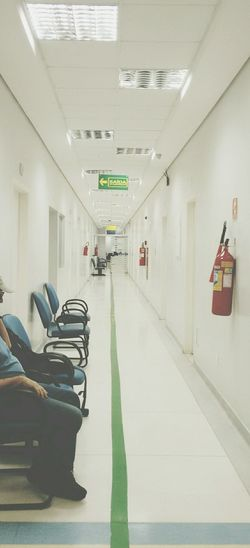 Pastel Power Emergencyroom Empty Empty Corridor