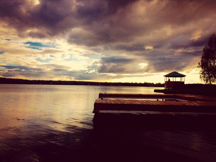 Alaskan sunsets ?✨❤️