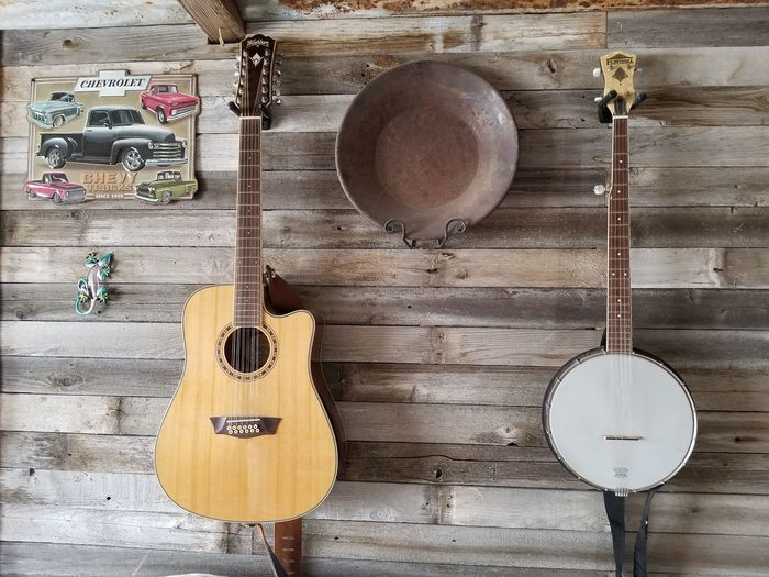 music Wood Wall Gold Pan Banjo Guitar