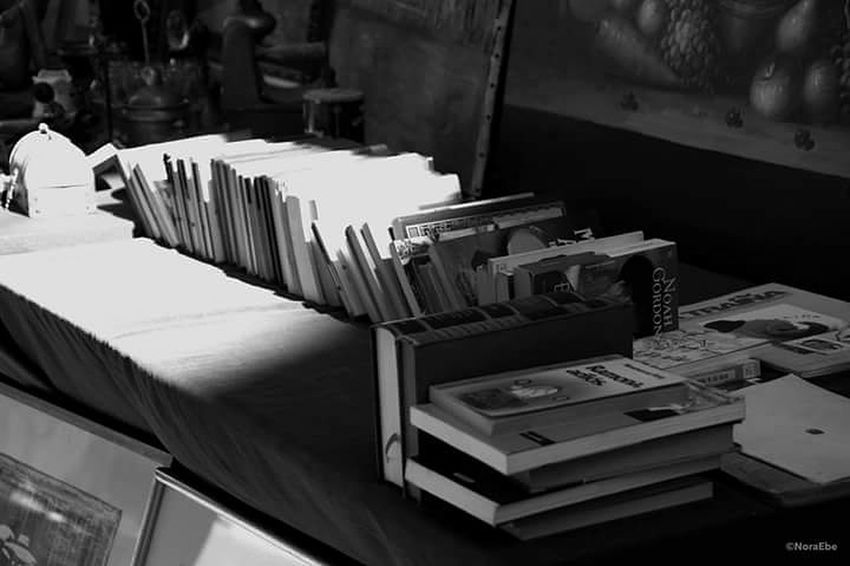 Books Antique Shopping Street City Photographer Photo Showcase March